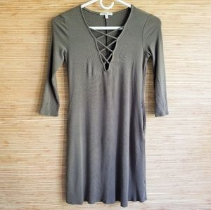 Charlotte Russe Laced Neck Dress Green Size Medium